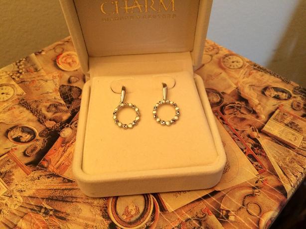 Gold solid white earrings 10K