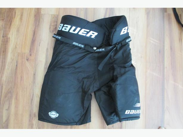 BAUER 300 IMPACT HOCKEY PANTS - YOUTH MEDIUM