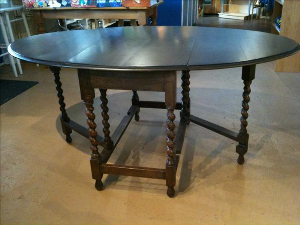 Antique Dining Set REDUCED FOR QUICK SALE