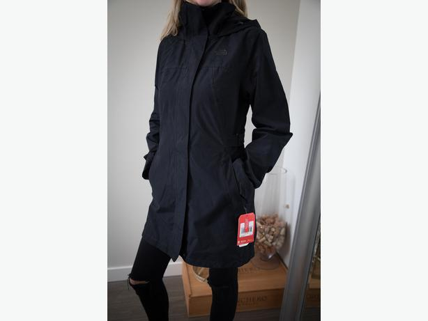 f8007d855  Log In needed $200 · Northface Jacket - Women's Laney Trench 2