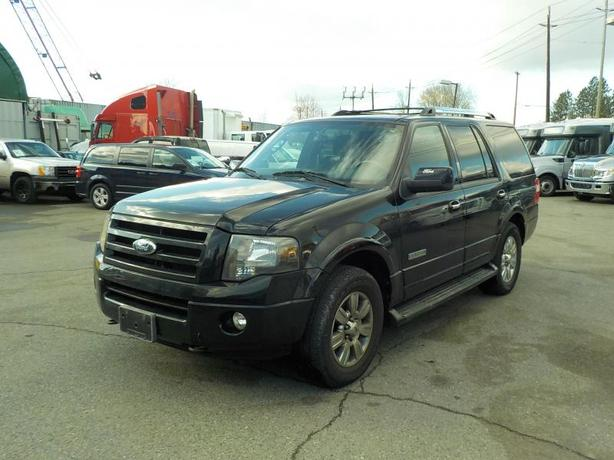 2007 Ford Expedition Limited 4WD with Third Row Seating