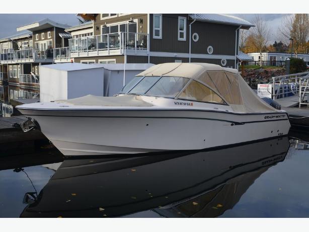 Boat Show 2013 Grady White  307 Freedom yacht boat cruiser wakeboard ski