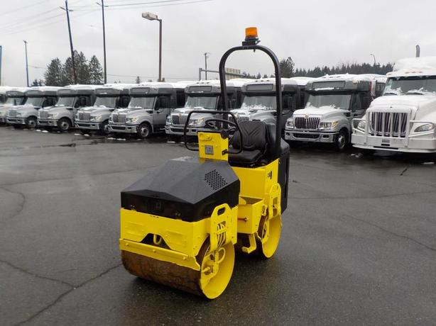 2006 Bomag BW900-2 Tandem Roller with Vibrating Drum