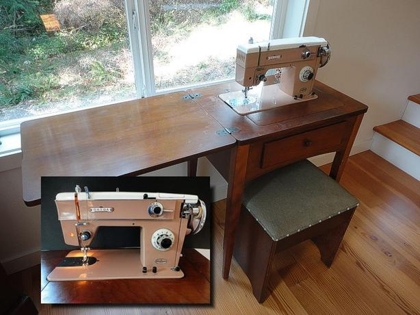 Mint OMEGA Sewing Machine WDesk Bench Amp Extras Cobble Hill Magnificent Omega Stitch Art Sewing Machine