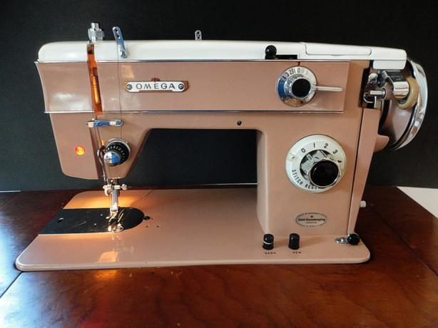 Mint OMEGA Sewing Machine WDesk Bench Amp Extras Cobble Hill Beauteous Omega Stitch Art Sewing Machine
