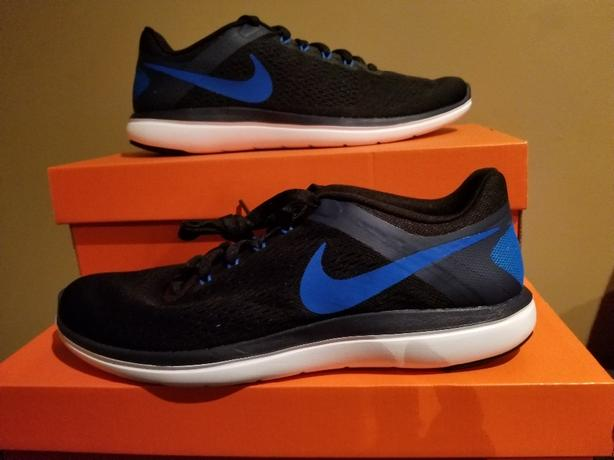 Nike Men's shoes 11