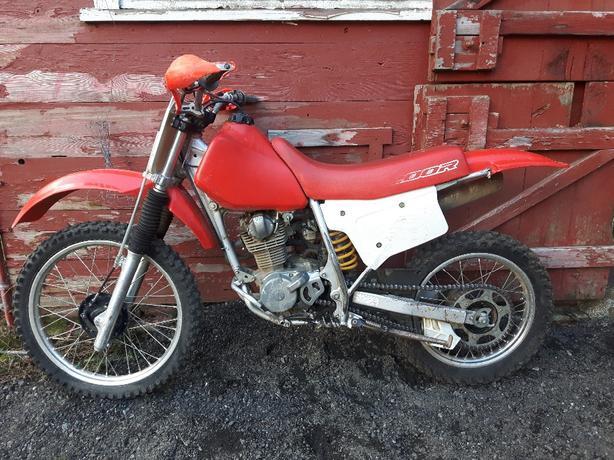2000 xr200r