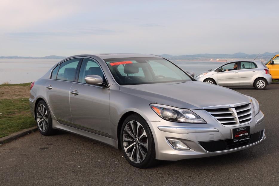 2012 Hyundai Genesis Sedan 5 0l R Spec On Sale 60
