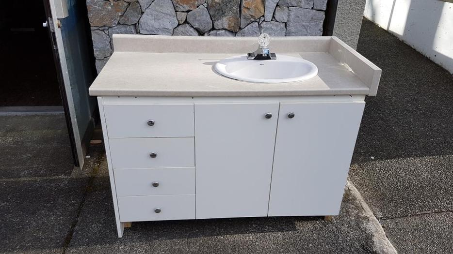 48 In Bathroom Vanity With Sink And Taps Esquimalt View Royal Victoria