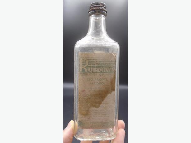 VINTAGE 1943's ISO PROPYL ALCOHOL RUBDOWN PAPER LABEL BOTTLE