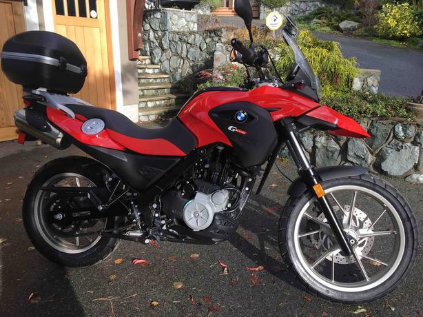 2011 BMW G650GS motorcycle, 2,300km! Oak Bay, Victoria