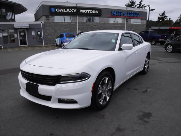 2017 Dodge Charger SXT - AWD, Heated Front Seats, Dual Exhaust