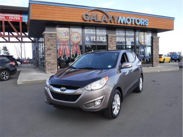 2011 Hyundai Tucson LIMITED -  SUNROOF,  BLUETOOTH,  LEATHER