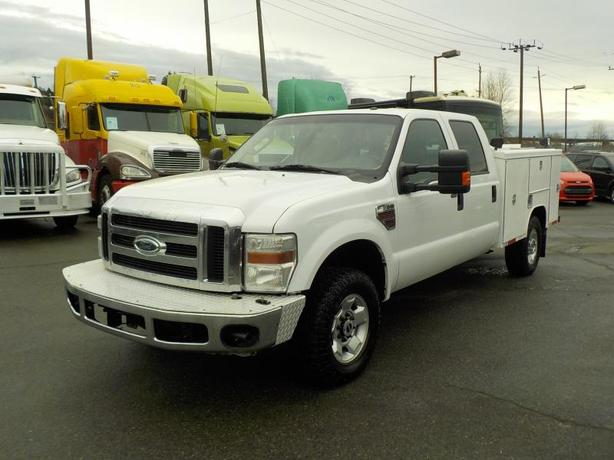 2010 Ford F-350 SD XLT Crew Cab 4WD with Service Box Diesel