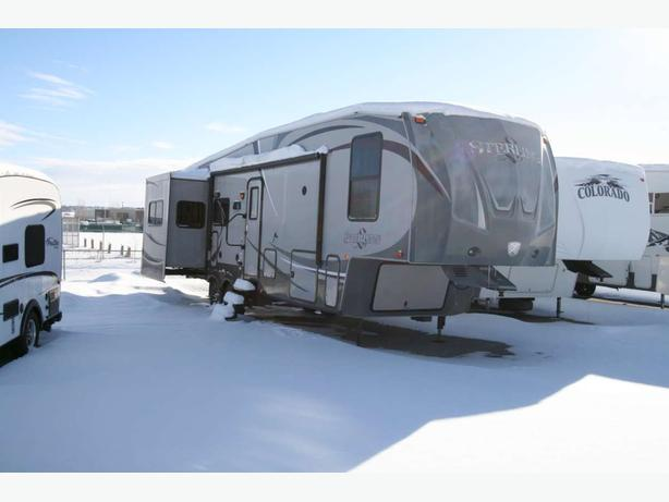 2012 Forest River Wildcat Sterling F32RL - 1803X