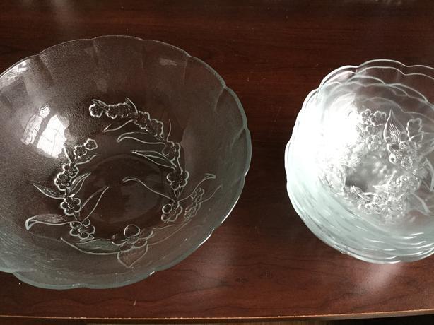 Big salad dish and bowls