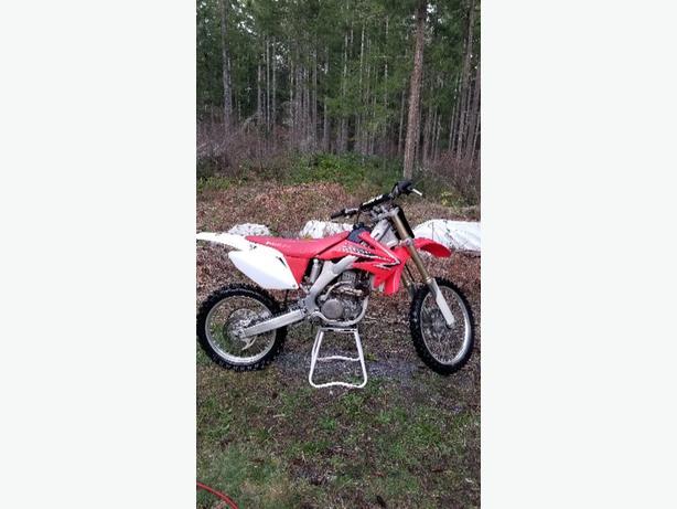 Honda 2009 CRF 250 - $3700 OBO