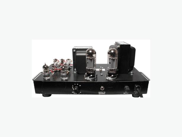 Hobbyist Looking for Old Tube Amplifiers.