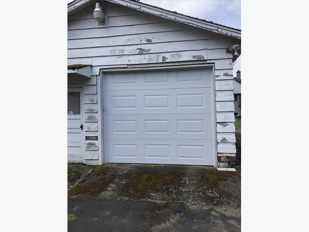 Steel Craft Automatic Garage Door With Liftmaster Opener West Shore