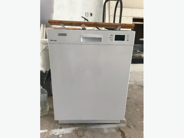 *Price Reduced* Dishwasher, Stove & Fridge