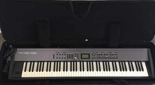 Roland RD-700 Keyboard for sale