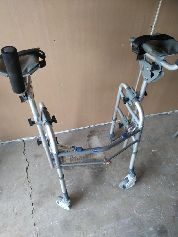 Walker-For Adult, Light Weight, Heavy Duty, 4 Wheels, Brakes