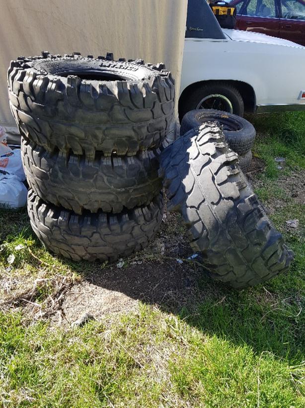 35 12 50 16 Tsl Mud Tires Used Central Saanich Victoria
