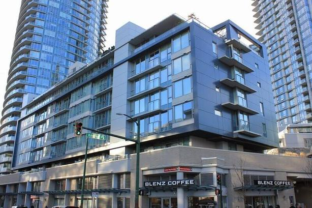 Furnished Downtown Vancouver Condo - One Bedroom Plus Den #597