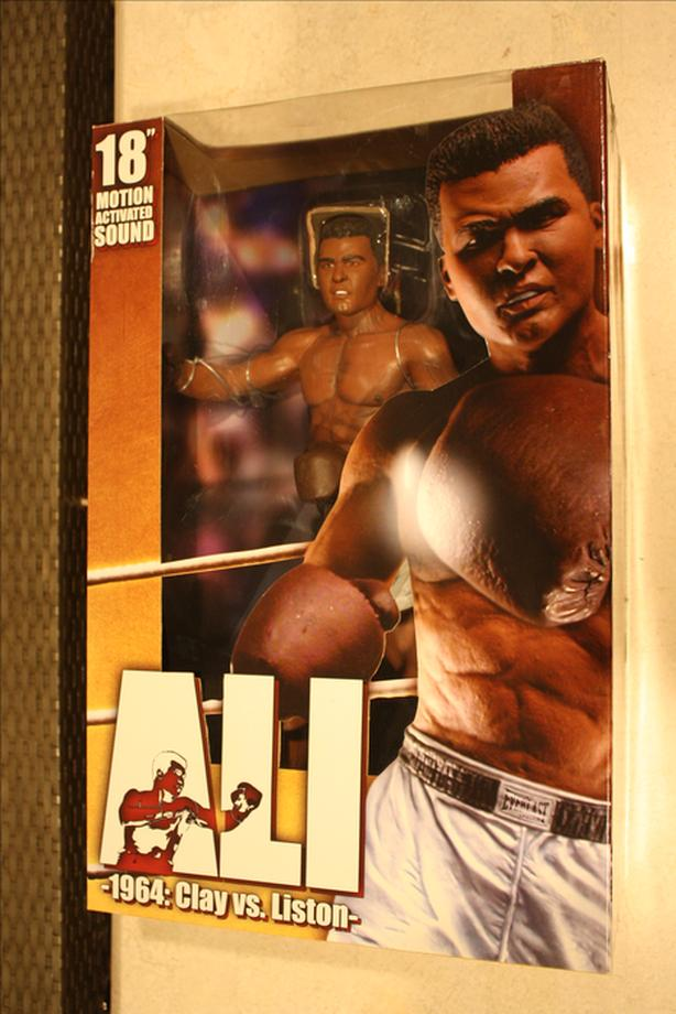 Muhammad Ali 18 inch talking collectible figure