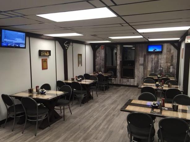 Restaurant plus 7.4 acres development for sale 1,475,000