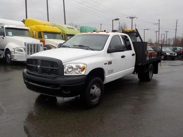 2009 Dodge Ram 3500 Quad Cab 2WD 9 Foot Flat deck with Winch