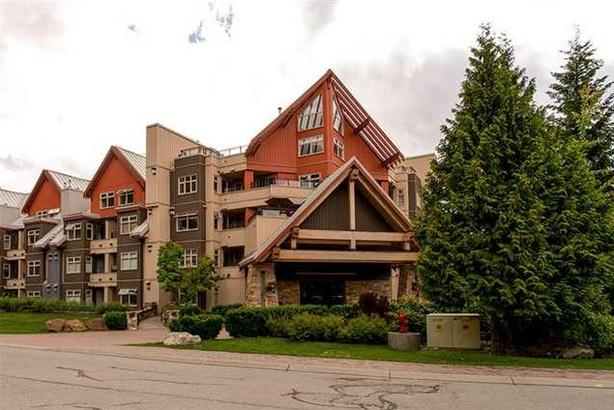 Immaculately Condo!  Creekside Gondola!!