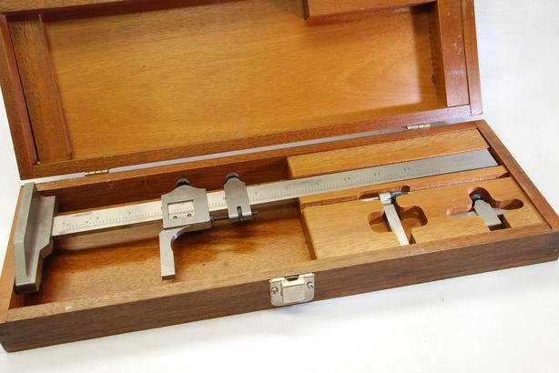 "Starrett 12"" 454 height gauge, boxed w/ all accessories"