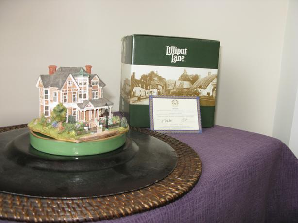 LILLIPUT LANE COTTAGE MINIATURES