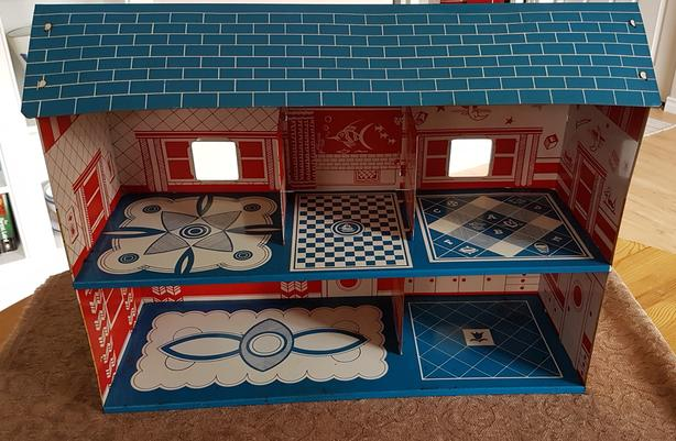 50's era metal dollhouse and furniture