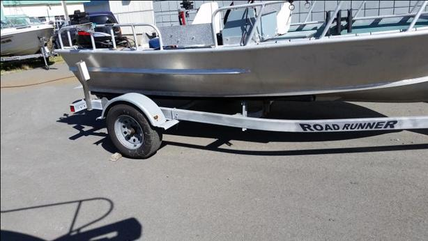 REDUCED Welded Aluminum Boat