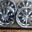 set of 4 18 inch chrome alloys