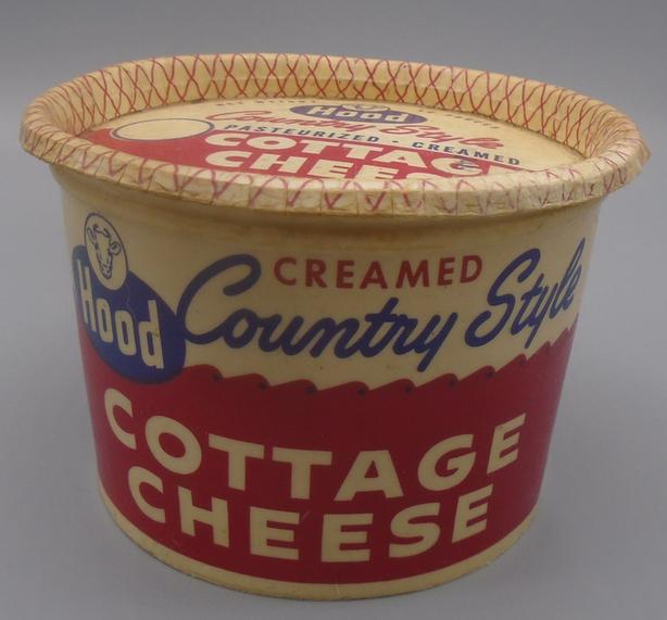 VINTAGE 1950's HOOD COUNTRY STYLE COTTAGE CHEESE (16 OZ.) CARTON