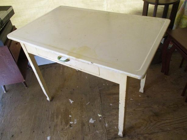 METAL / ENAMEL TOP PASTRY TABLE FROM ESTATE