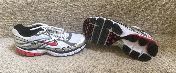 0acb6f42a230 Nike Zoom Structure Triax 12 Running Shoes Size 9 US 42.5 EUR ...