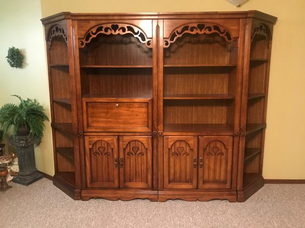 Four piece Wall Unit