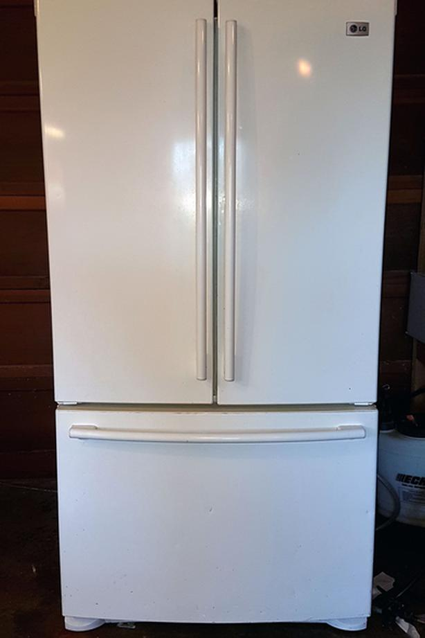 LG double door refrigerator/freezer with ice maker