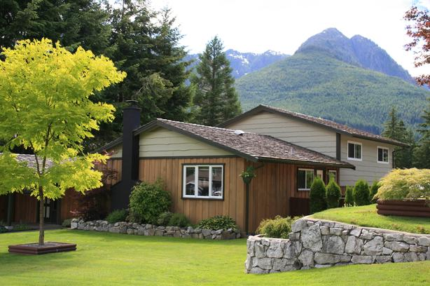 Quality Furnished Crew Housing in Gold River