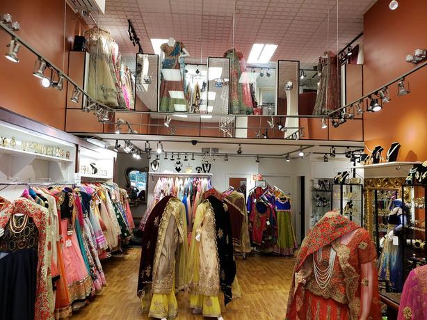 Turn key ladies boutique for sale