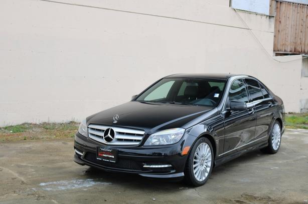 2011 Mercedes-Benz C250 4matic - ON SALE! - NO ACCIDENTS!