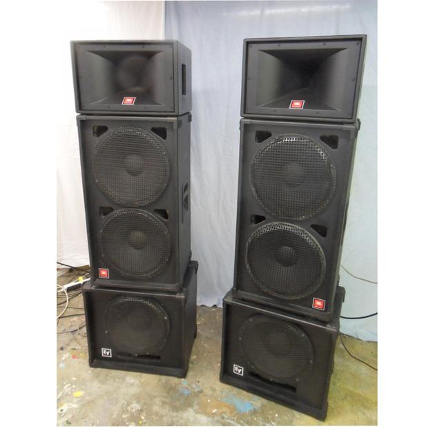 Passive 3 Way Professional PA Speaker system. Looks & Works Great!!