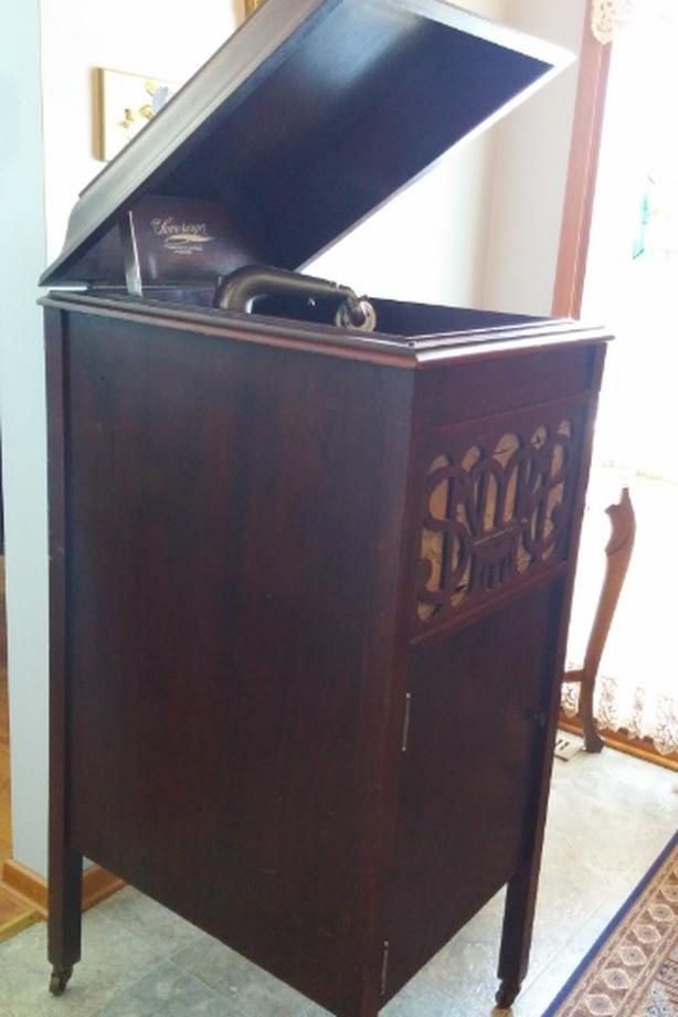 Antique gramophone for sale