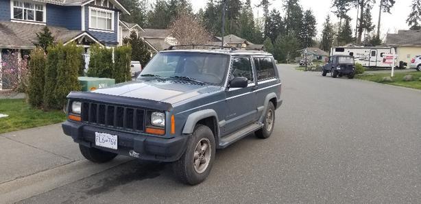 1998 Jeep Cherokee 2 Door. $2900 OBO