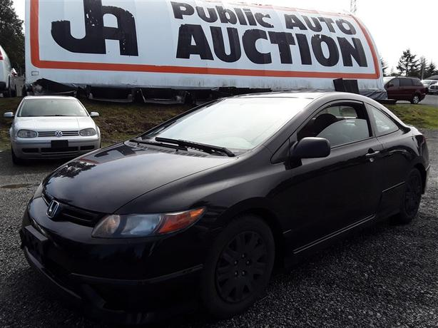 2008 Honda Civic Coupe, 172k km's!, FWD 4 cyl, manual!