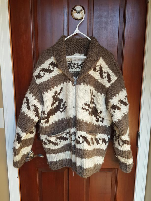 154ffe24f32d Genuine Cowichan Sweater Fort St. James
